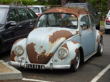rusty vw bug